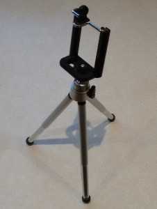 A mobile phone tripod can make all the difference to your long-haul flight - Third Millennium Man